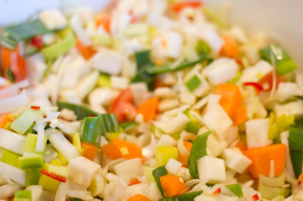 Sundhedssuppe der skal holde sygdom og dårligt immunforsvar væk med sund suppe med grøntsager
